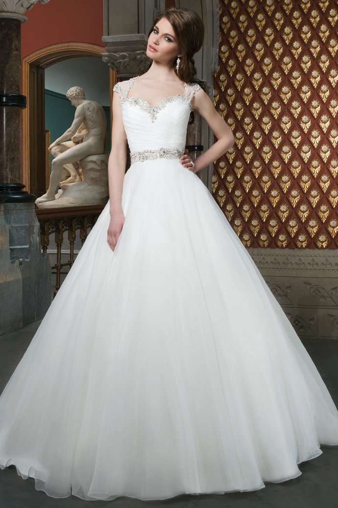 014452 Caryn S Bridals